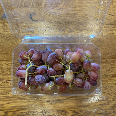Red Grapes - Punnet
